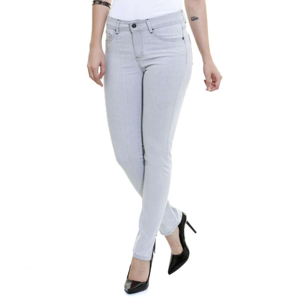 daa41b50a Calça feminina Skinny Jeans com Amarração Marisa