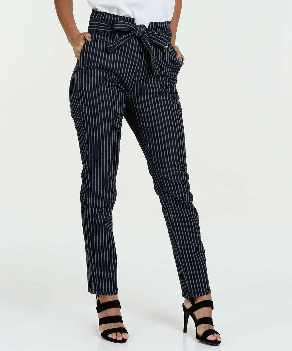 bbe3837fd Calça Feminina Jeans Risca de Giz Clochard Razon | Marisa