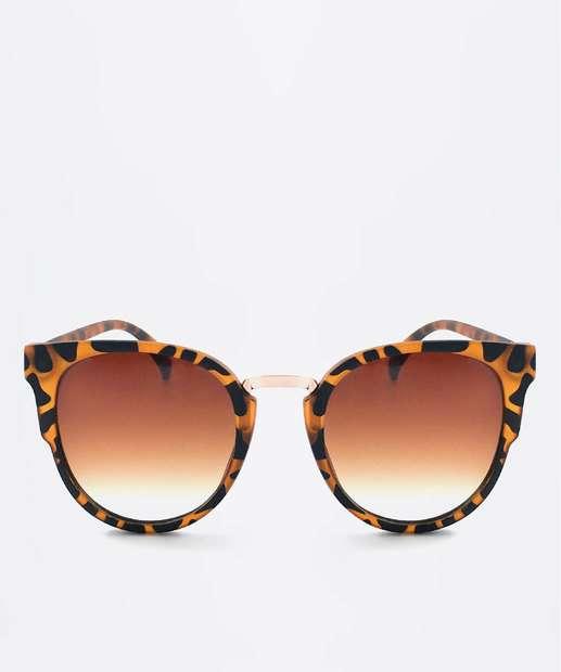 453ea78103985 Óculos de Sol Feminino Redondo Estampado Marisa