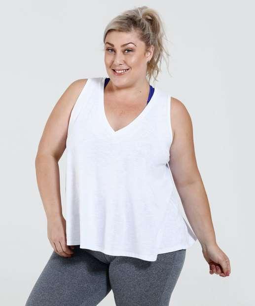 Image_Regata Feminina Decote V Plus Size Fitness Marisa