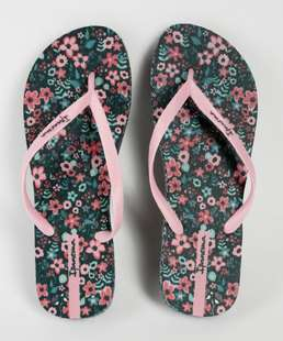 //www.marisa.com.br/chinelo%2Dfeminino%2Destampa%2Dfloral%2Deveryday%2Dipanema%2D-verde/p/10036944170
