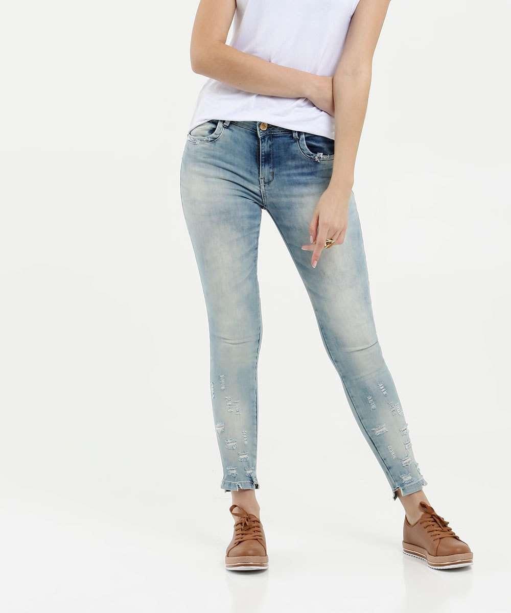 Calça Feminina Skinny Destroyed Zune Jeans By Sabrina Sato