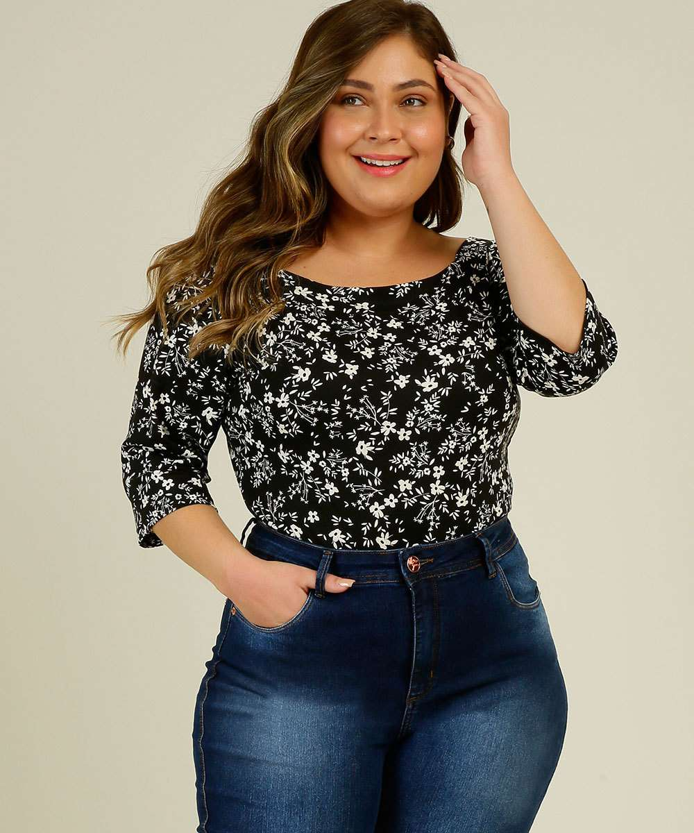 Body Plus Size Feminino Estampa Floral Manga 3/4