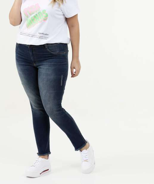 Image_Calça Feminina Jeans Cigarrete Barra Desfiada Plus Size Biotipo