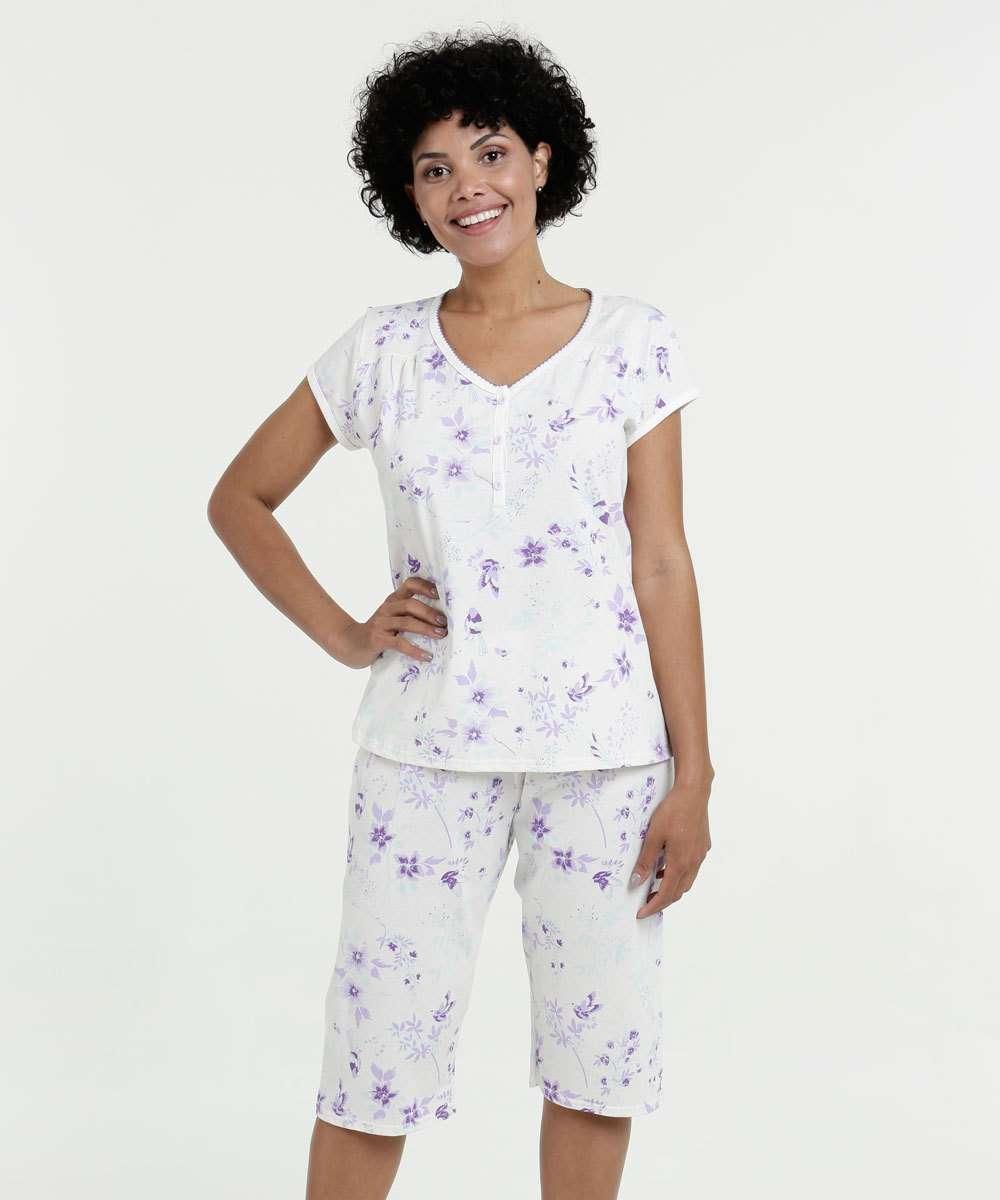 0a6ff46e6 1  2  3  4  5  6  7. Compartilhar. adicionar aos favoritos produto  favoritado. 33% OFF. Pijama Feminino Bermudoll Estampa Floral Manga Curta  Marisa