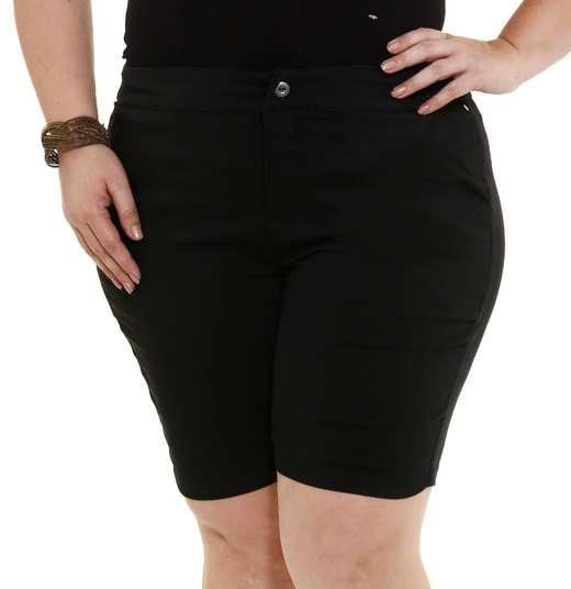 Image_Bermuda feminina com bolsos Plus Size Marisa