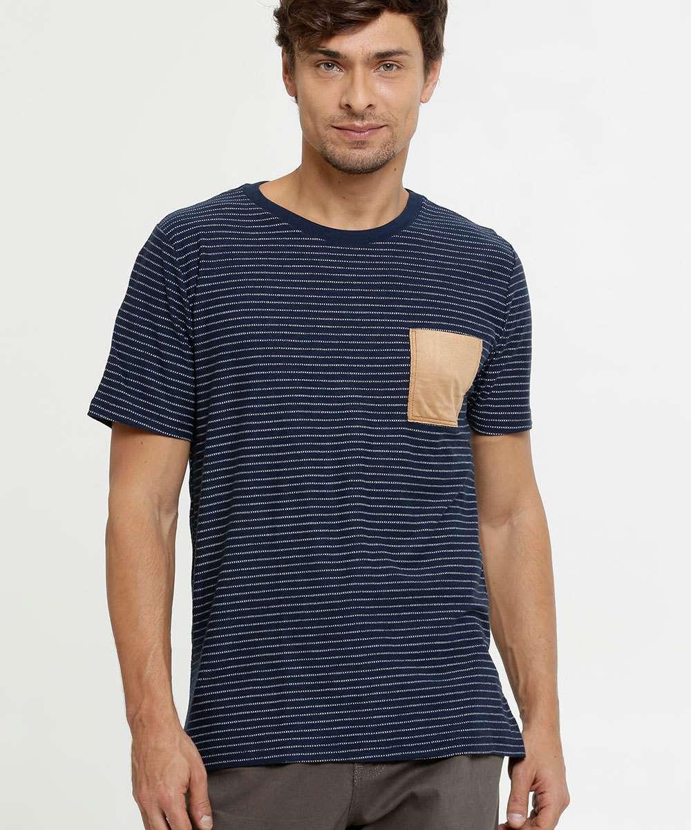 Camiseta Masculina Estampa Listrada Manga Curta