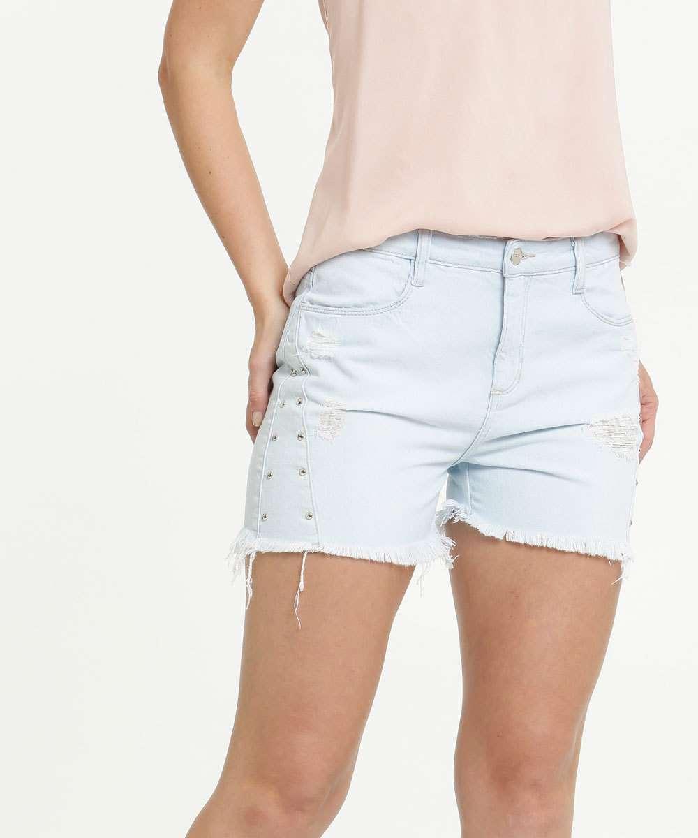 Short Feminino Jeans Delavê Destroyed Tachas Marisa