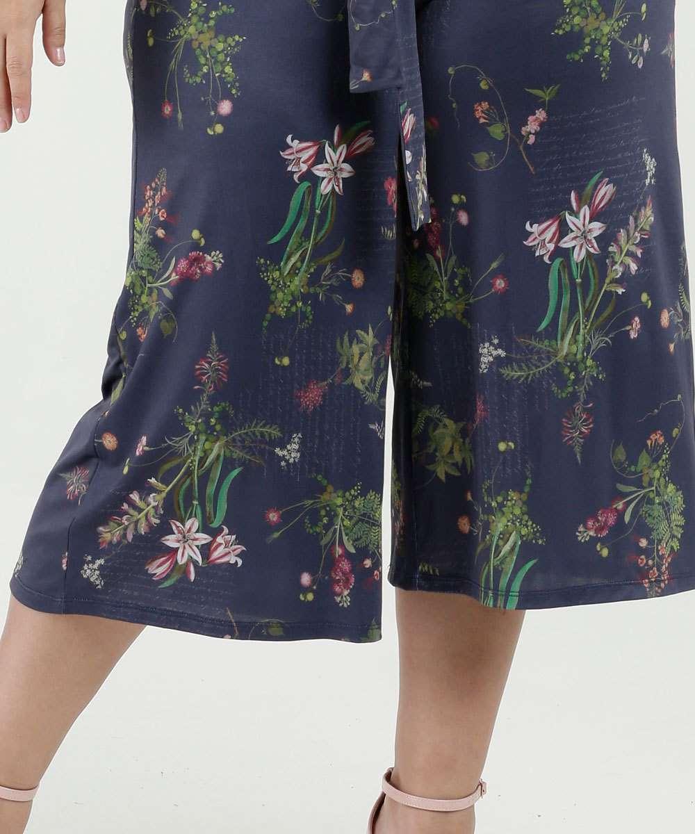 63c8183c2f Calça Feminina Pantacourt Estampa Floral Plus Size