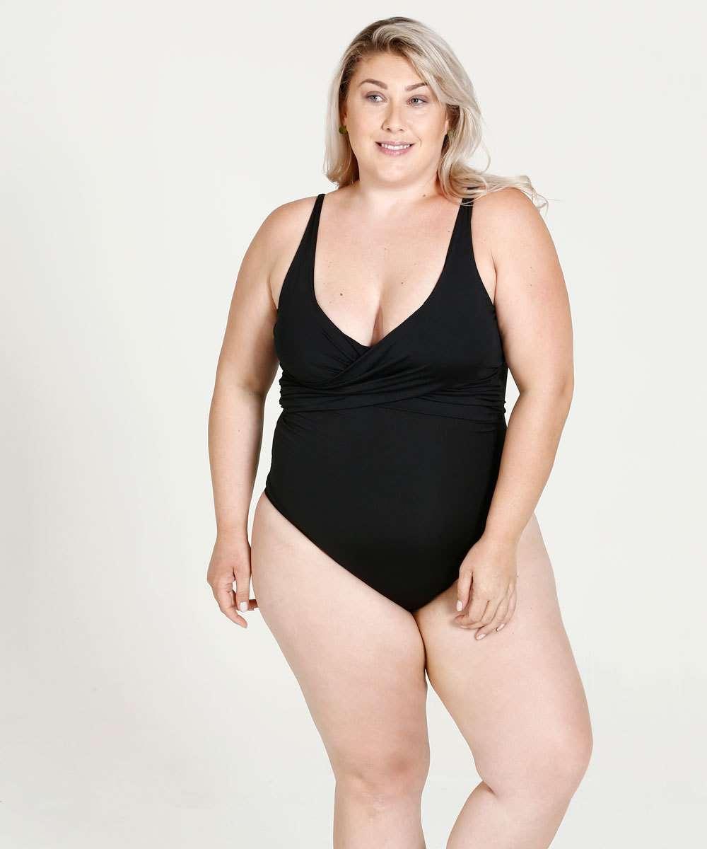 bfa6dc09c1 Maiô Feminino Decote Transpassado Plus Size Marisa