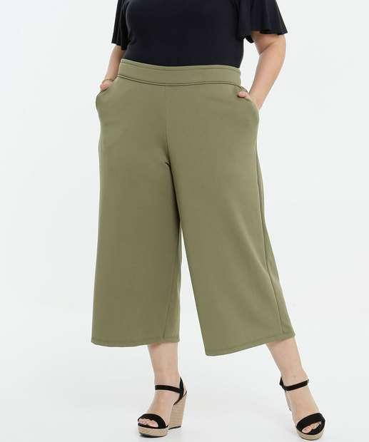 Image_Calça Plus Size Feminina Pantacourt Bolsos