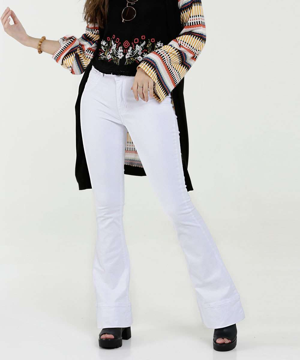 dc4739c42 Menor preço em Calça Feminina Sarja Flare Zune Jeans By Sabrina Sato