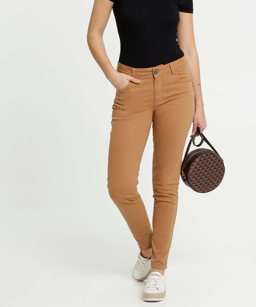 Image_Calça Feminina Sarja Skinny Bolsos Zune Jeans